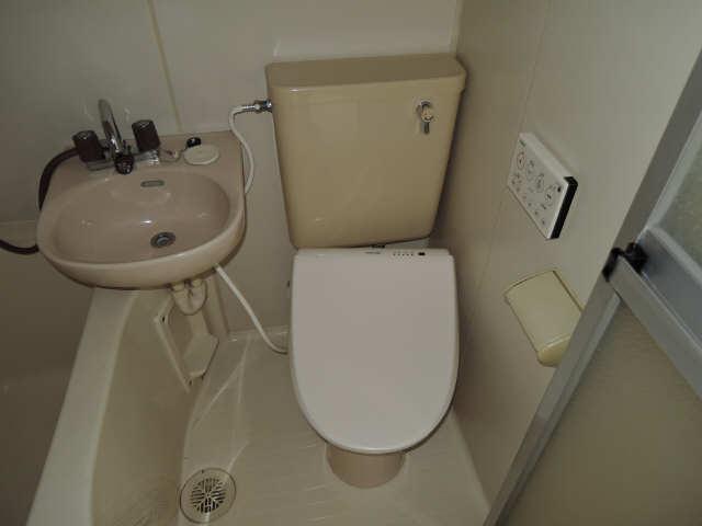 フィールド ヒルズ 2階 WC