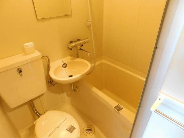 アーバン名駅 4階 浴室
