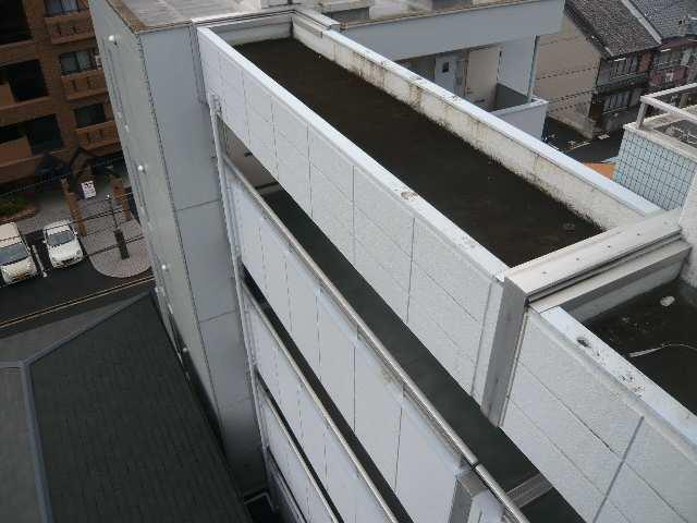 メゾン ド セレブラル 8階 南棟通路2階~5階