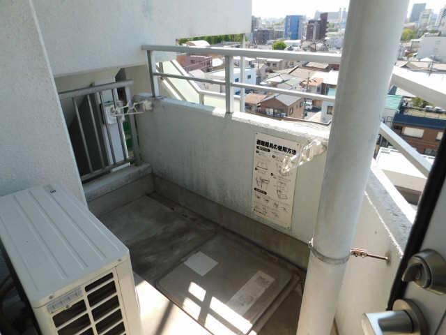 メゾン ド セレブラル 8階 バルコニー