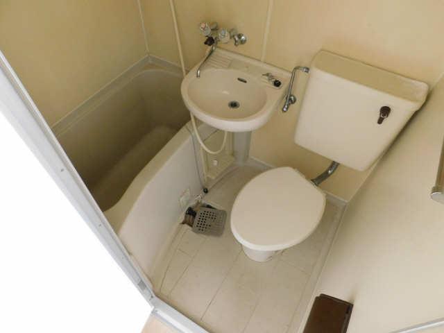メゾン ド セレブラル 8階 浴室