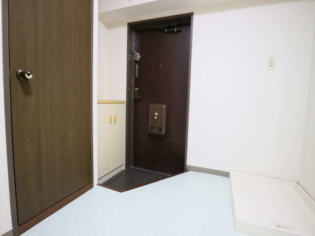 パラシオンFJ 4階 玄関