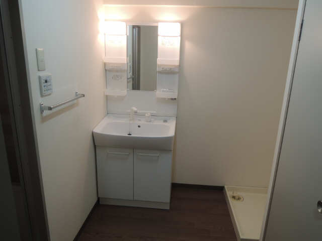 VIA 141 12階 洗面