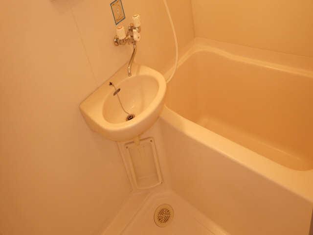 ドミールCHOSEI 4階 浴室