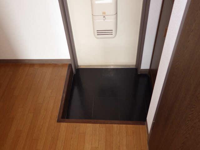 ドミールCHOSEI 4階 玄関