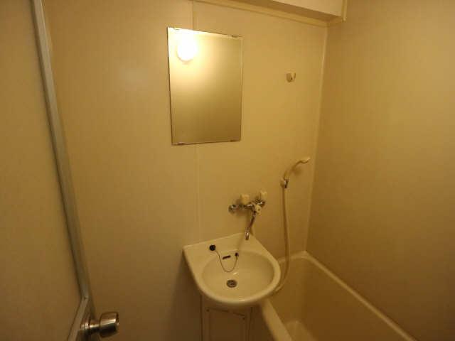 リバーサイド石川 2階 洗面