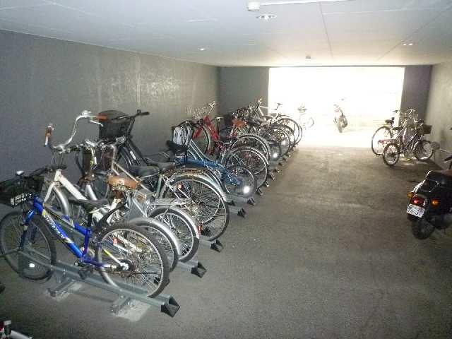 Maison de 昻 8階 駐輪場
