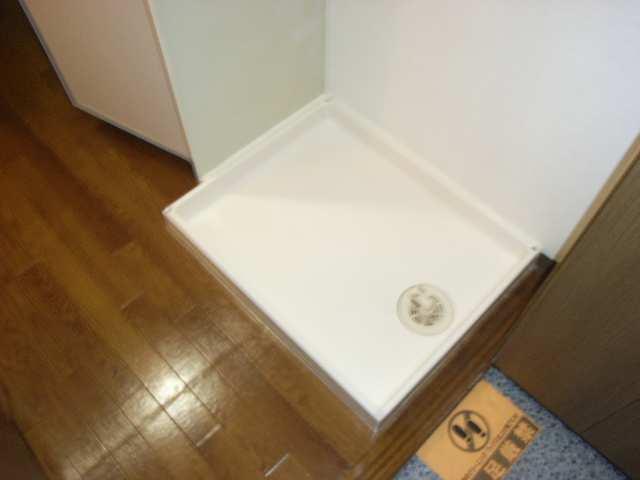 ハイツ丸の内 3階 洗濯機スペース