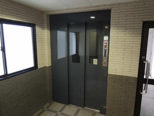 丸の内USビル エレベーター