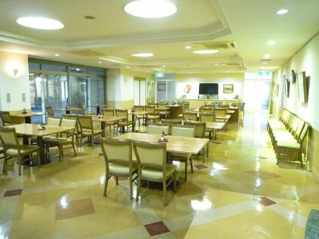 プログレンス栄 8階 04食堂