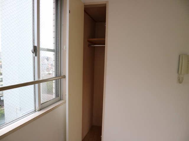 サンパーク丸の内(5~14F) 7階 収納