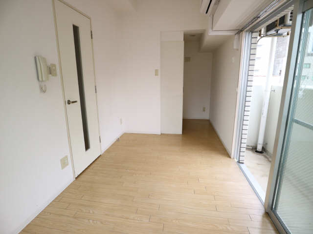 サンパーク丸の内(5~14F) 7階 室内