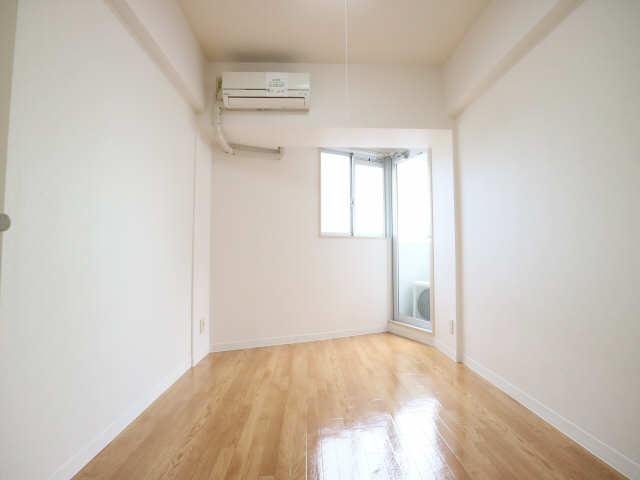 サンパーク丸の内(5~14F) 10階 室内