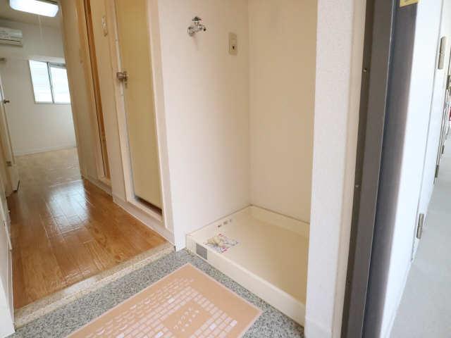 サンパーク丸の内(5~14F) 10階 洗濯機置場