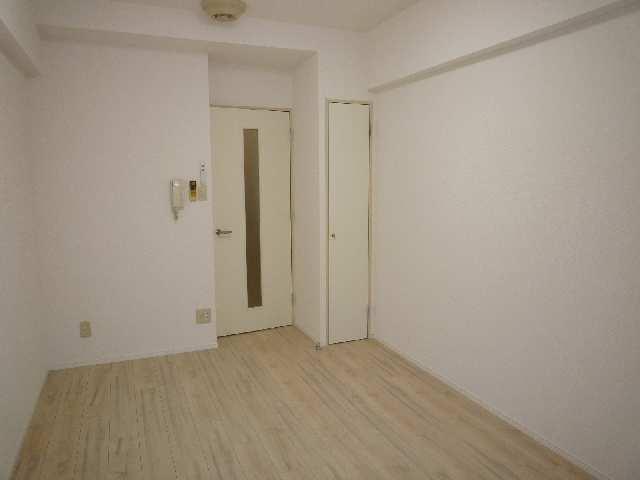 サンパーク丸の内(5~14F) 9階 室内