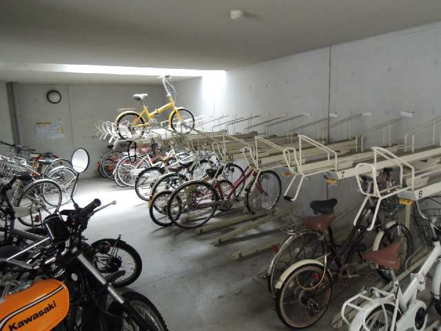 CK錦レジデンス 3階 駐輪場