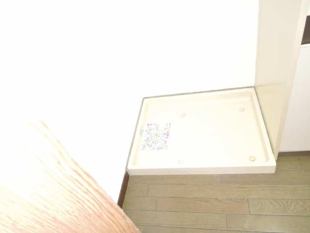 水主町ロイヤルハイツ 6階 洗濯機置場