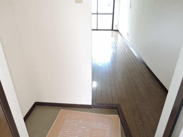 水主町ロイヤルハイツ 6階 玄関