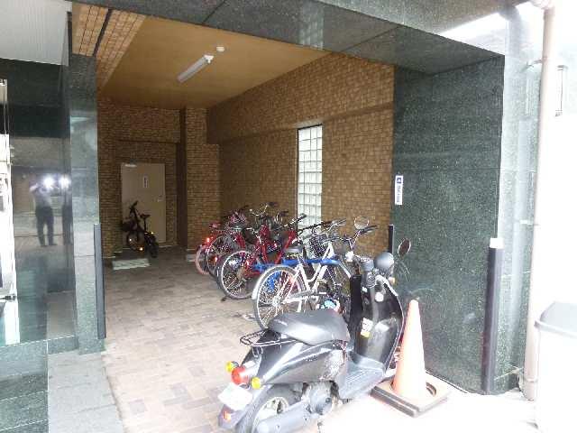 サン・アペックス名駅 7階 駐輪場