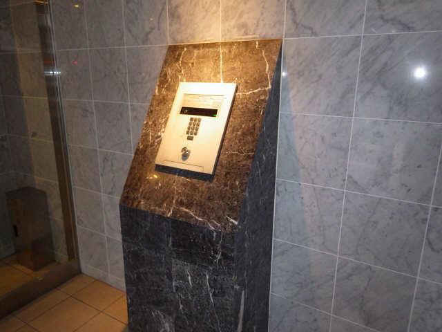 エスポアール泉 2階 セキュリティ