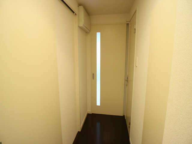 エスポアール泉 2階 廊下