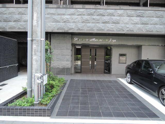 プレサンス丸の内城雅 7階 エントランス