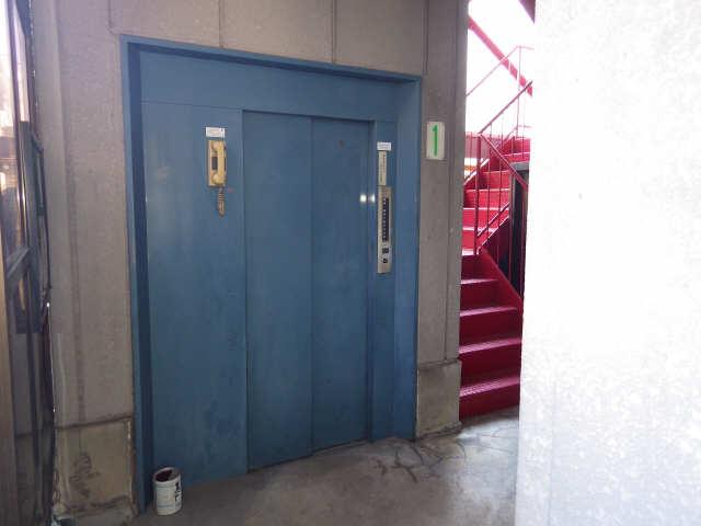 セブンスメゾンシノダ 7階 ロビー