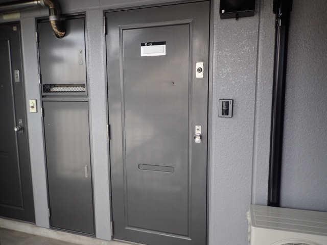 ゴールドタウンマームリング 6階 玄関