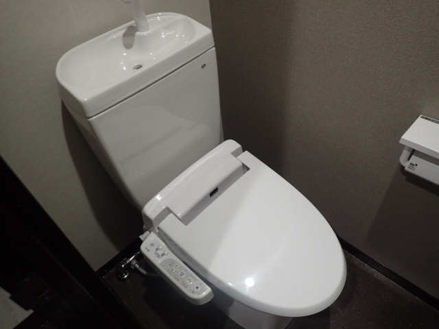 ゴールドタウンマームリング 6階 WC