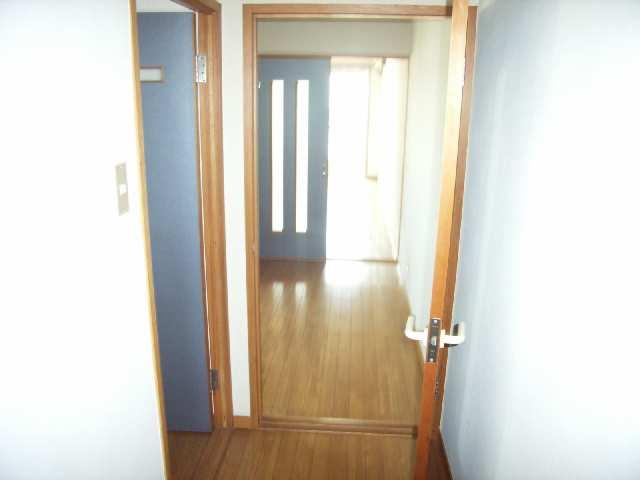 メゾン小森 4階 室内