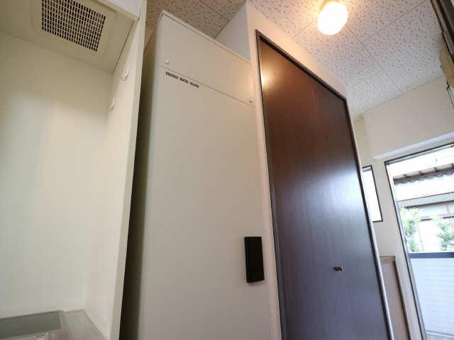 オーチャード・コート 2階 電気温水器