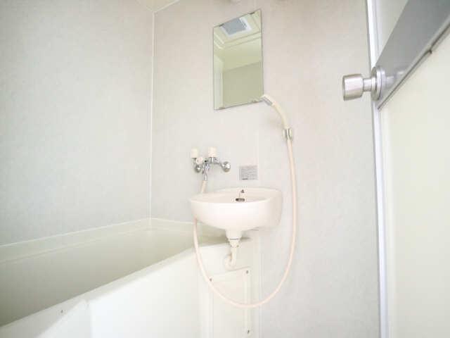オーチャード・コート 1階 浴室