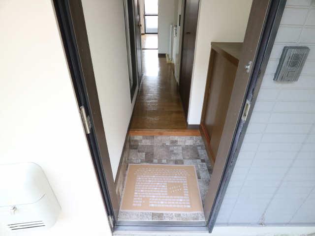 オーチャード・コート 1階 玄関