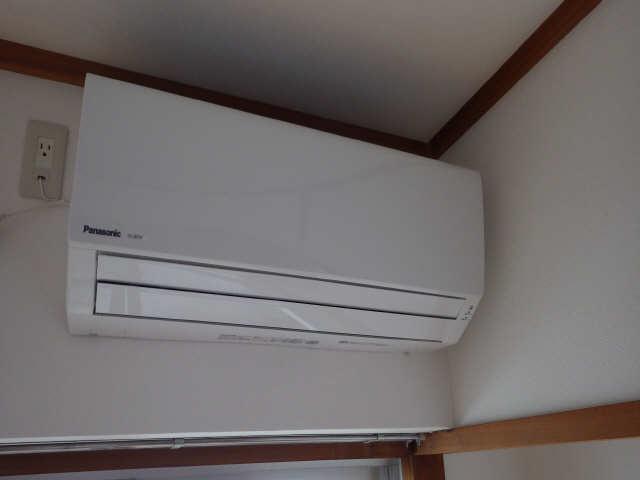 ビラ・シャトルギフ 2階 エアコン