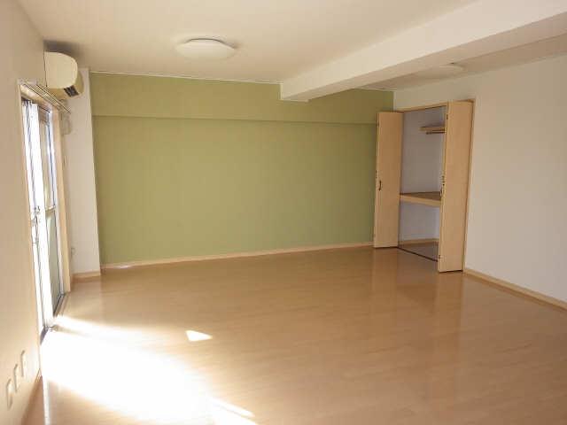 CASA本郷 4階 リビング