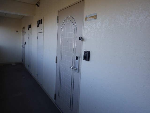 CASA本郷 4階 玄関