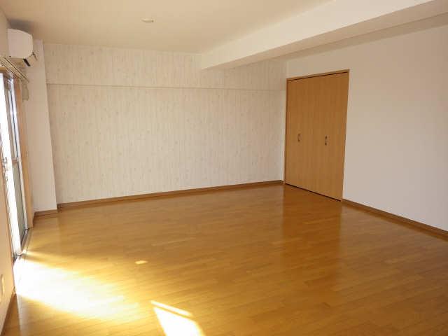 CASA本郷 5階 リビング