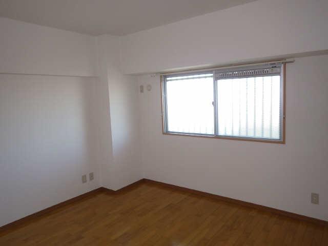CASA本郷 5階 洋室