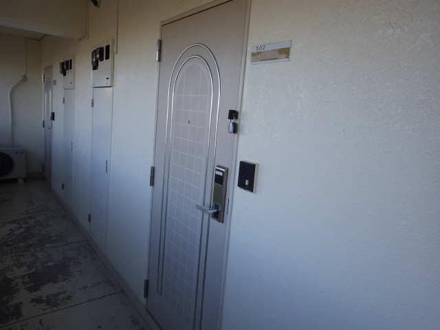 CASA本郷 5階 玄関