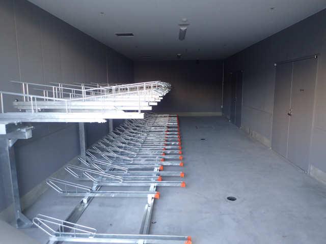 ジョイフル岐阜駅 カーサ・イースト 20階 駐輪場