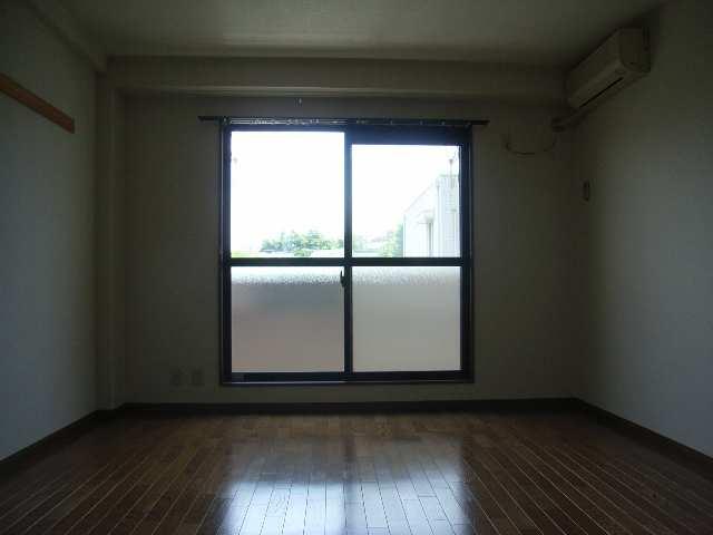 ハーヴェスト中平 2階 室内
