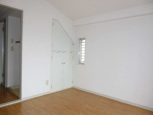 フレンドリーボックス 3階 室内