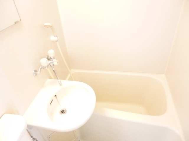 フレンドリーボックス 3階 浴室