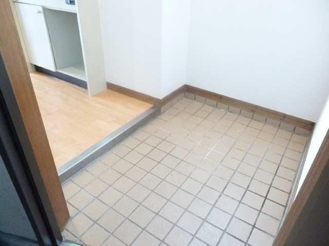寿秀ハウス 3階 玄関