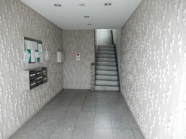 グリーンクレスト杁中 2階 ロビー