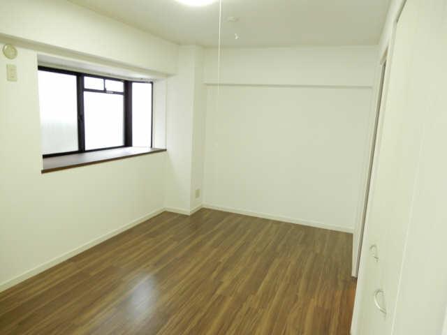 グリーンクレスト杁中 2階 室内