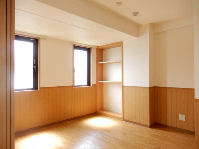 RUSSURE川名 3階 室内