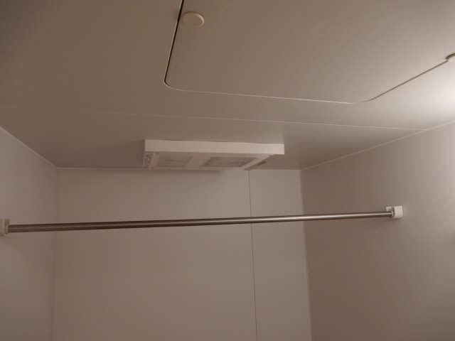 RUSSURE川名 3階 浴室乾燥機