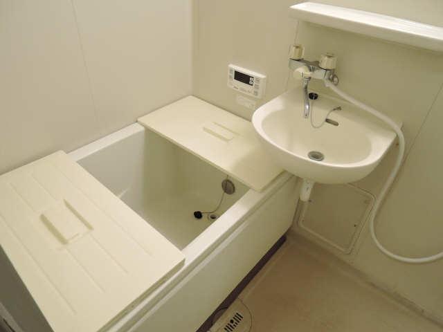 アーバンドエル杁中 3階 浴室