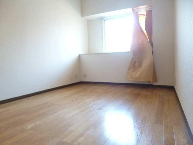 アーバンドエル杁中 4階 室内